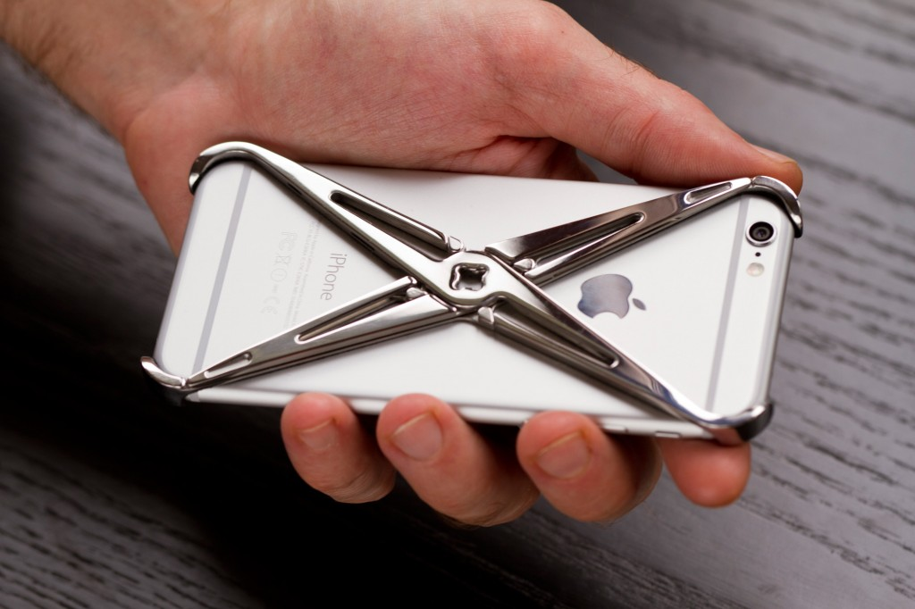 best service 5265b 35acf 10 Coolest iPhone Cases That Would Make Great Gifts - Wiproo
