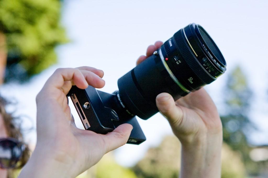 Brilliant Gadgets For Photographers- Phone SLR