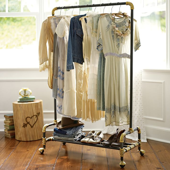 Life Hacks For Your Clothing Closet- Fancy rail