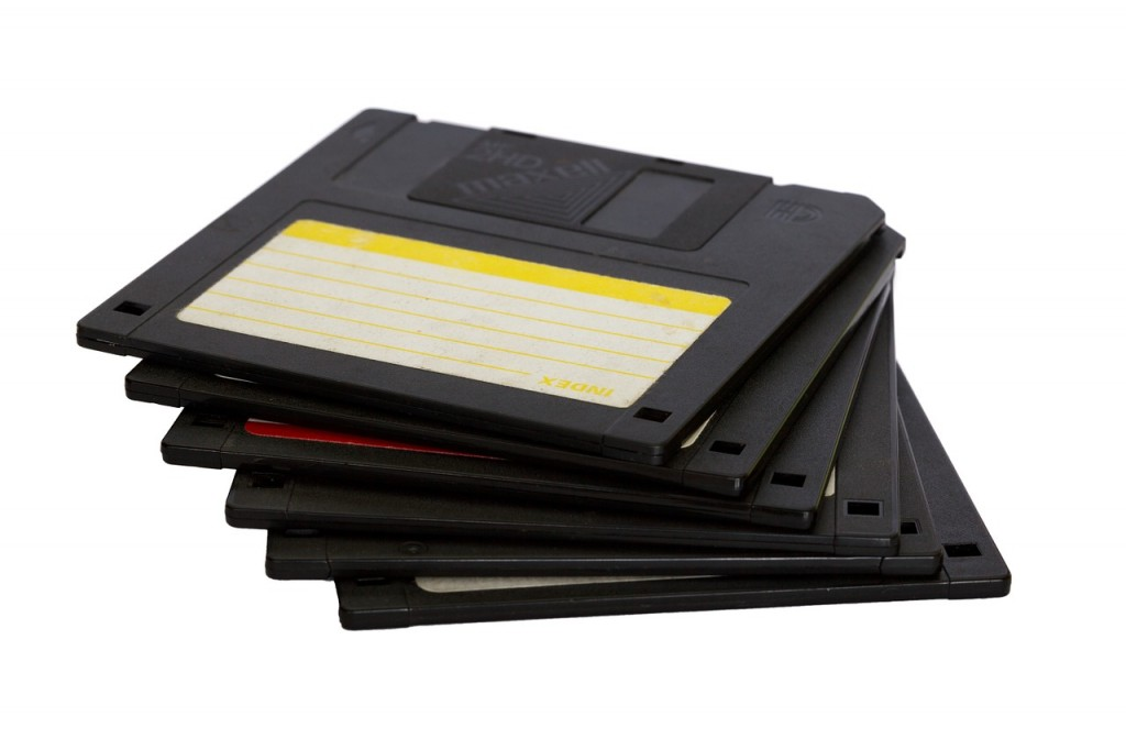 How to recover files from a floppy disk